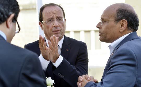 Tunisie : Hollande vient... pas les touristes