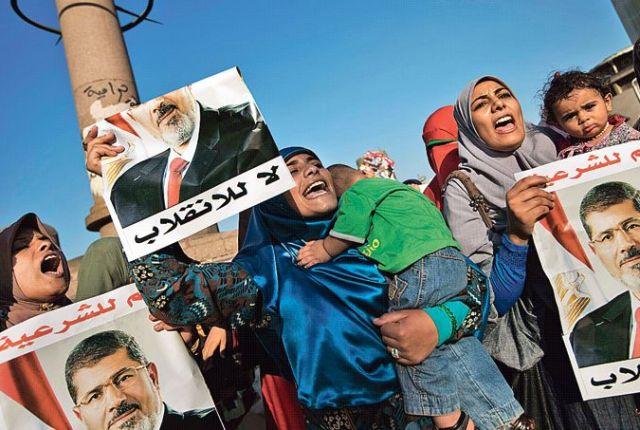Égypte: Les Frères attendent la justice divine au Caire