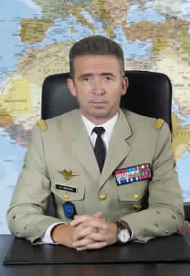 ob_e6ee09_directeur-du-renseignement-militaire-p